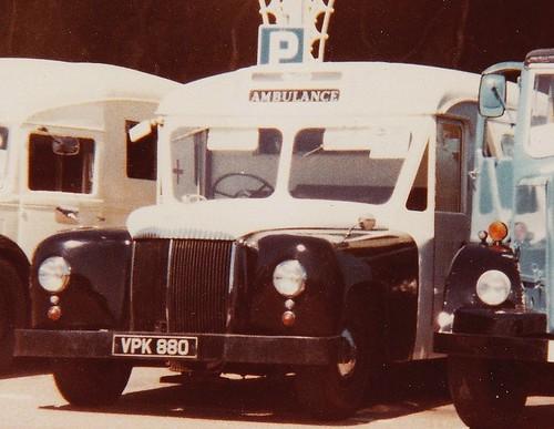 Daimler DC27 Hooper bodied ambulance VPK880. Brigh…