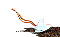 still_coffee_01 (ewa borroni) Tags: stilllife coffee splash coffeebeans foodphotography coffeesplash ewaborroni