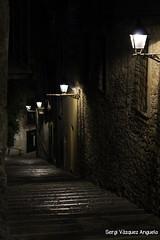 escales gironines de nit (1) (Sergi Vzquez Anguela) Tags: call girona pedra nit ombres llums vell escales barri pedres histria jueu obscurs