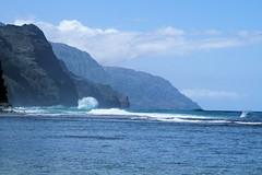 Haena-State-Park_Kauai-HI_03-02-2007h (Count_Strad) Tags: park beach island hawaii surf waves scenic wave kauai haena haenastatepark