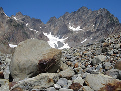Mount Anderson and Glacial Erratic (Mike Dole) Tags: washingtonstate olympicnationalpark honeymoonmeadows mountanderson westforkdosewallipsriver