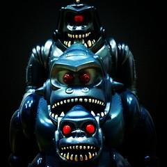 Red eyed Mechas (fun9us) Tags: set gorilla head alt battle mini ju alternative mecha mg2 hirota saigansho メカゴリラ獣