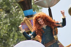 Merida (MediumHero6) Tags: world pictures street sleeping favorite usa white snow adam castle ariel beauty face festival fauna court out see duck amazing swan dancers dale princess little florida character magic main n parks dumbo tinkerbell kingdom prince disney parade cricket frog peter fantasy seven merida pixar daisy belle chip beast trips brave pan phillip tiana mermaid wdw waltdisneyworld wendy doc turned walt performers rider rapunzel pinocchio mk flynn tangled dopey bashful dwarfs jiminy sneezy cinderellas maleficent fof