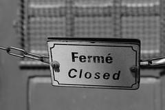 ferme closed (female closed) square jean XX111 park (spencerrushton) Tags: park door ladies blackandwhite white black paris female canon fun closed day notredame sing spencer rushton canon600d spencerrushton canon24105mmf4lmm canon24105f4lmm