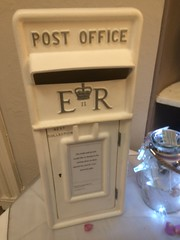 White postbox for guests at Storrs Hall Hotel Bowness-on- Windermere. (Bennydorm) Tags: europe uk britain england bowness bownessonwindermere queenelizabeth elizabethregina er royalmail postoffice white letters post mail letterbox postbox