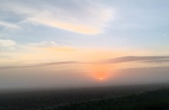 un leger banc de brouillard (jbi78) Tags: soleil brouillard iphone6s