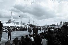 DSCF3260 (mesodiarDA) Tags: thailand king people street temple