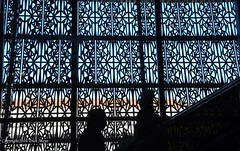 The Lattice Of History (Trish Mayo) Tags: architecture people silhouettes smithsonianmuseumofafricanamericanhistoryandculture smaahc museum washingtondc dc washington