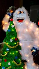 f_abominablexmas (ricksoloway) Tags: creepyxmaslights abominablexmas xmaslights xmasdecor cameraphone samsungs6 tucsonarizona
