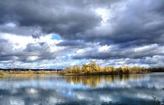 Promenade du jour (nicphor) Tags: rhne nature lac eau water nuages paysage landscape landschaft canon eos350d