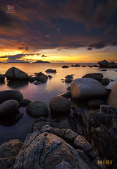 Tic Tac Stone (Jose Hamra Images) Tags: beach samudraindah sea water sunset sunrise singkawang sedau kalimantan kalbar kalimantanbarat indonesia seascape