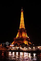 La otra dama (Almu_Martinez_Jimnez) Tags: pars paris francia france belleza luz lught notredame torreeiffel opera