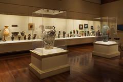 Rookwood Pottery Vases (Joey Hinton) Tags: olympus omd em1 cincinnati art museum mft m43 microfourthirds 1240mm f28