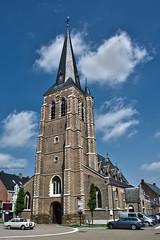 Tessenderlo, Sint-Martinuskerk. (What's Around) Tags: church belgium belgie kerk hdr limburg vlaanderen tessenderlo sintmartinuskerk