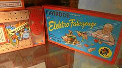 Matador  Holzbaukasten (Opa Jimmy) Tags: wood museum construction holz matador traiskirchen baukasten