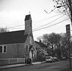 CirolflexAllstonSt (JFB119) Tags: urban blackandwhite bw tlr church boston ilfordxp2super twinlensreflex marcusgarvey cambridgeport staugustines ciroflex outdatedfilm allstonst africanorthodoxcathedral