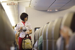 465A0768.JPG (Bayaer) Tags: beauty indonesia cx stewardess marcopolo flightattendant cathaypacific 美女 airhostess 航空 空姐 cewek 國泰 priorityboarding