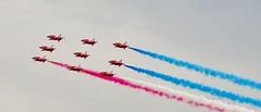 Red arrows 1 (THE-MINIMAN) Tags: blue red white fly flying wings smoke formation r form airbourne theredarrows