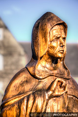 Brother William, Ruswarp (Gaz - (Gareth Hinchliffe Photography)) Tags: wood sculpture statue bokeh sony whitby figure alpha a77 brotherwilliam ruswarp sonya77 sony77 sonyvariosonnart2470mmf28zassmsal2470z