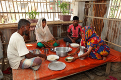 Family having lunch in Satkhira, Bangladesh. Photo by M. Yousuf Tushar. April 21, 2014 (WorldFish) Tags: agriculture bangladesh gender nutrition foodsecurity