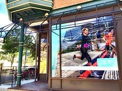 Here comes #fleetfeet #SouthportCorridor (southportcorridorchicago) Tags: city urban chicago retail shopping corridor cubs wrigley lakeview southport wrigleyville fleetfeet southportcorridor ctasouthport