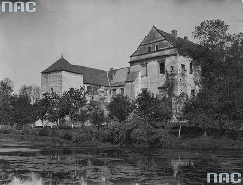 Zamek Szydłowiecki, okres międzywojenny (NAC)