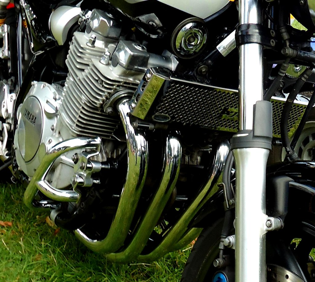 Yamaha 4 Cylinder Motorcycle Engine: The World's Best Photos Of Cylinder And Yamaha