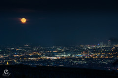 Mondaufgang (Robert F. Photography) Tags: moon night viennaatnight