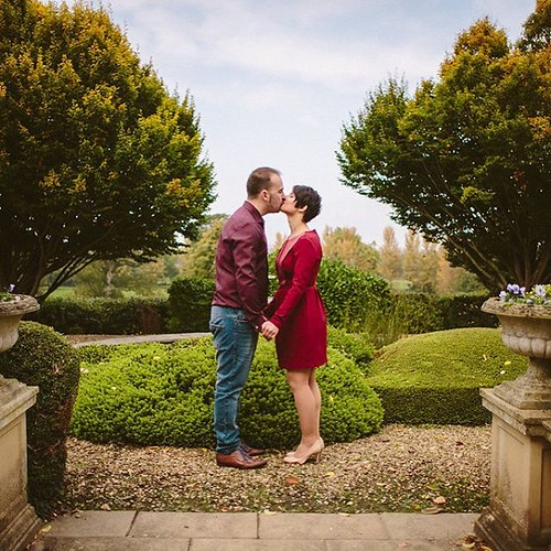 #ThursdayThoughts Another gorgeous photo from Aniko & John's #EngagementSession last Sunday and like Aniko, I loooove all the #autumncolours. Photographed at the lovely #MountSomersetHotel in #Taunton, it was a beautiful location for lots of romantic lovi