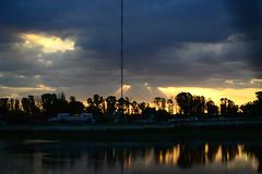 (nachi_) Tags: sun sol lake sky
