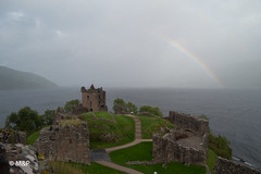Rainbow Loch Ness (MNP[FR]) Tags: 2016 ecosse lochness scotland urquhartcastle rainbow clouds cloudy samsung nuage urquhart castle loch ness nuageux arc en ciel chateau nx1