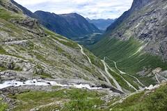 Trollstigen, Norway (incommunicadoo) Tags: norwegen trollstigen norway flickr strase kurven