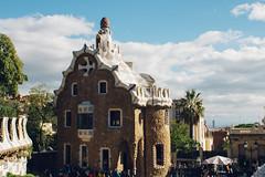 Guard's House (Emanuel Castelo) Tags: barcelona bcn catalunya architecture gaudi sagrada familia guel batllo casa house arc triumph park street people sky details travel sea