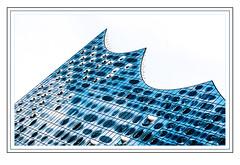 Elbphilharmonie (madmtbmax) Tags: germany hamburg deutschland elbphilharmonie building framed frames travel tourismus concerthall blue black glass gloss glossy form abstract city scene view landscape geometry geometrical stadt hansa