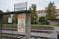 Maribor, verboden terrein... (snoeziesterre) Tags: nvbs maribor sloveni treinen sne 2016 waarschuwingsbord spoorweg spoorwegovergang