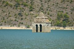 DSC_0371 (ievaha) Tags: summer aragon mediano sinking church pyrenees