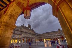 Salamanca. Plaza Mayor (ancama_99(toni)) Tags: salamanca plaza plazamayor arco arc arquitectura architecture nikon d7000 tokina 1116mm sunset atardecer