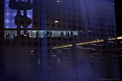 Doha airport (Ele Nora) Tags: doha airport people travel viaggiare viaggio non luoghi places marc auge