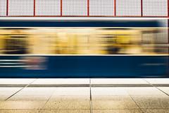 Speed (KPictures Fotografie) Tags: architektur bayern mnchen oberbayern ubahn kreillerstrasse fujixe2 fujinon14 bavaria germany deutschland train traffic langzeitbelichtung