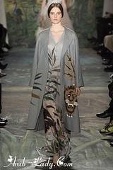مجموعة أزياء فالنتينو Valentino ذات الطابع العربي والأفريقي الفريد (Arab.Lady) Tags: مجموعة أزياء فالنتينو valentino ذات الطابع العربي والأفريقي الفريد