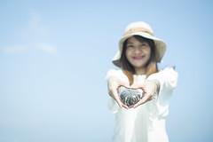 Girl | Pure Heart (藍川芥 aikawake) Tags: pure heart woman girl stone love clear clearair sunnyday backlight sky bluesky wonderful happiness peace 和平 純潔 愛 女孩 女人 女子 portrait