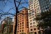 Lumière d'automne à Cleveland (Lucille-bs) Tags: amérique etatsunis usa midwest ohio cleveland architecture building city cielbleu arbre fenêtre