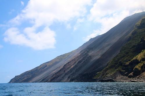 Tour de l'île de Stromboli en bateau (suite)