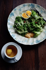 &Salad & Honey Lemon BlackTea (EndlessJune) Tags: food breakfast pepper 50mm yummy nikon good tasty lettuce eggs  romaine foodphotography   thousandislanddressing  goodtasting   nikond7000
