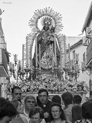 Las Nieves de Olivares (fergraf) Tags: rosario procesion olivares nieves fujix20