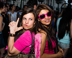 _MG_0165 (Antonio Balsera) Tags: madrid espaa sara gaby gente parade desfile gaypride marcha orgullogay comunidaddemadrid