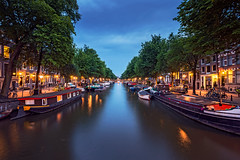 Getting dark in Amsterdam III (angheloflores) Tags: houses sunset sky netherlands colors amsterdam clouds reflections canal cloudy keizersgracht