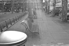 luces (Laura Madruga) Tags: blancoynegro luz uruguay banco montevideo ciudadvieja plazamatriz