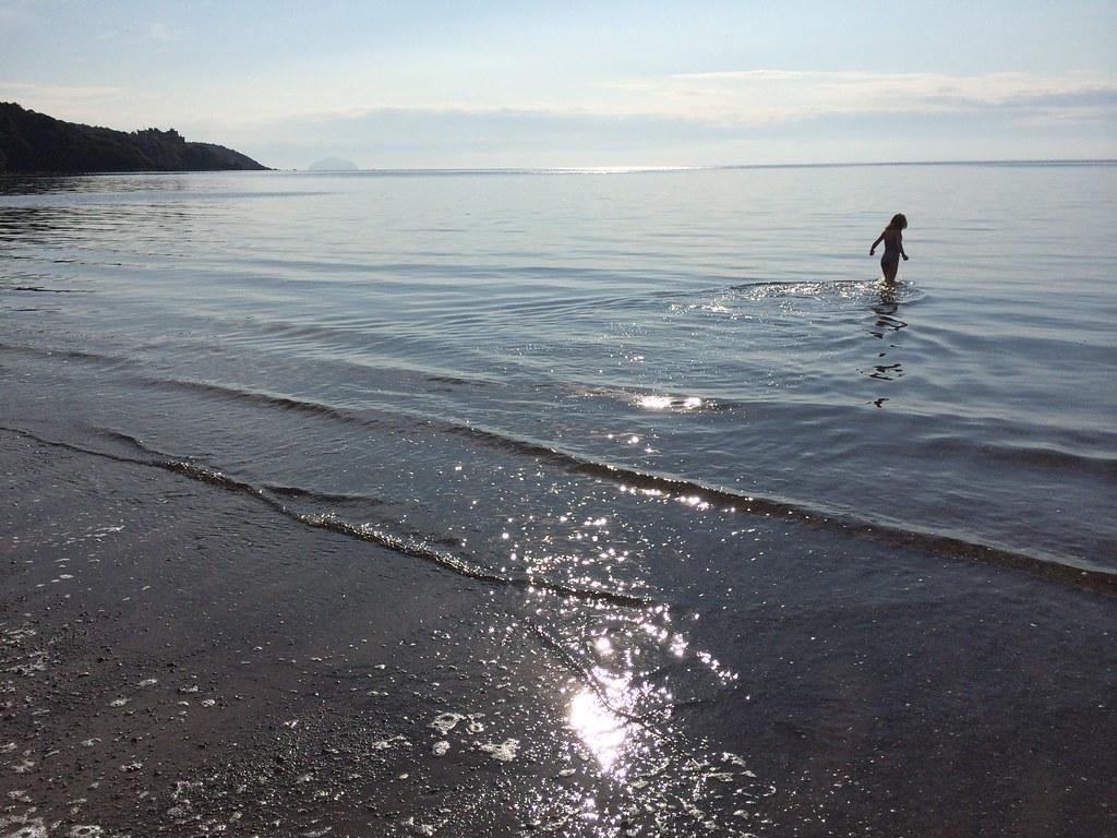 Ayrshire hol : Dunure and Culzean Bay.