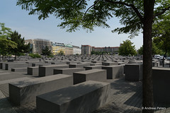 DSC02947_s (AndiP66) Tags: berlin june juni germany deutschland holocaust sony alpha mahnmal beton juden denkmal 2014 citytrip kltze stdtereise stdtetrip andreaspeters betonkltze 77m2 a77ii ilca77m2 77ii 77markii slta77ii